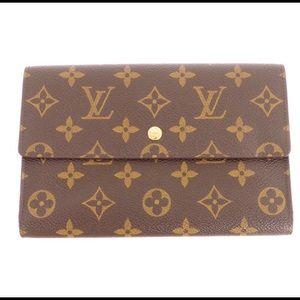 💯 Authentic Louis Vuitton Pochette Wallet